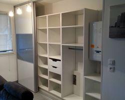 ER BOIS - Aménagement intérieur - Agencement sur mesure/ Porte en verre laqué