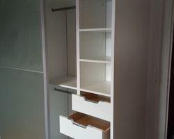 ER BOIS - Aménagement intérieur - Dressing sur mesure / Porte en verre dépoli